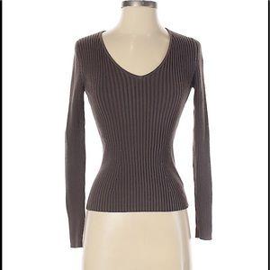 GAP long v-neck pullover